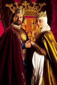 """Rodoldo Sancho y Michelle Jenner en """"Isabel"""".Casamiento de los Reyes Católicos"""