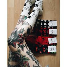 "Gefällt 4,124 Mal, 17 Kommentare - @somepawdy auf Instagram: ""Tbh I collect socks - so @happysocks made my day  #HappinessEverywhere #happysocks"""