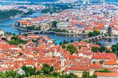 プラハ歴史地区ってこんなところ チェコの世界遺産「プラハ歴史地区」の歴史を絶景写真と共に紐解く