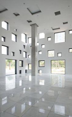 sako architects: cube tube  {think outside the box}