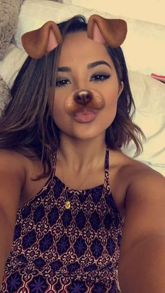 Girl Photo Poses, Girl Poses, Becky G Style, Baby Selfie, Popular Artists, Selfie Poses, Girls Selfies, Marie Gomez, Aesthetic Girl