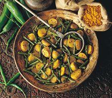 Curry de légumes Allrecipes, Ratatouille, Pickles, Cucumber, Zucchini, Meals, Vegetables, Ethnic Recipes, Food