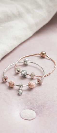 Mix your PANDORA Rose ESSENCE charms and bracelets with sterling silver stunners from the PANDORA autumn collection 2017.