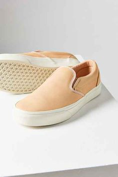Vans Veggie Tan Leather Classic Slip-On Sneaker - Urban Outfitters