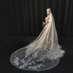 ⚜Bride ❤⚜ #Reeleitura #sammurakammi #bride #noiva #noivasdeluxo #dress #replicated #altacostura #hautecouture #dolls #weddingdolls #barbie #barbienoiva #barbiestyle #cerimonial #weddingplanner #photo #weddingphotography #fotografiadecasamento #art #artesanal #feitoamao #handmade #sougrato #fabulous #love #tksgod