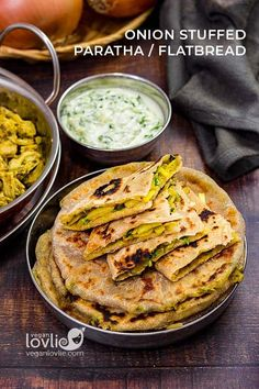 Delicious soft stuffed paratha or flatbread stuffed with spiced caramelized Spanish Sweet Onions, then cooked on a griddle until golden and slightly crisp. Chapati Recipes, Flatbread Recipes, Flour Recipes, Vegan Recipes, Onion Recipes, Indian Food Recipes, Whole Food Recipes, Great Recipes, Ethnic Recipes