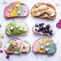 Mermaid Toast?! So gorgeous.