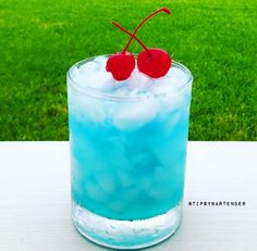 Blue Sugar - For more delicious recipes and drinks, visit us here: www.tipsybartender.com