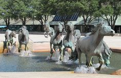 Bronze Sculpture in Las Colinas. Famous Sculptures, Animal Sculptures, Horse Sculpture, Bronze Sculpture, Equestrian Statue, Free Museums, Big Sky Country, Texas Usa, Public Art