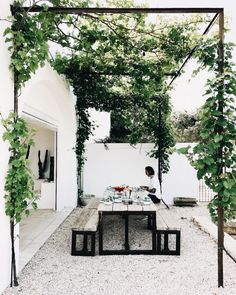 "just-good-design: ""Masseria Moroseta Photo: la sultana.s "" just-good-design: ""Masseria Moroseta Photo: la sultana.s "" The post just-good-design: ""Masseria Moroseta Photo: la sultana. Outdoor Areas, Outdoor Rooms, Outdoor Living, Outdoor Seating, Outdoor Dinning Table, Patio Table, Dining Tables, Outdoor Decor, Shed Landscaping"