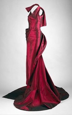 Evening dress, House of Dior, designed by John Galliano (Spring / Summer 2000)