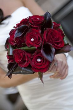 Fall Bridal Bouquet- change the red roses to orange.