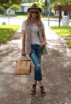 #jenknowsbest #jenandrews #fur #zara #tshirt #alexanderwang #boyfriendjeans #jeans #denim #ripped #torn #bag #celine @· ZARA · #streetstyle #style @StyleCaster @Lucky Magazine #blog #blogger #fashionblogger www.jenknkwsbest.com