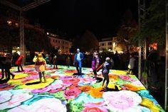 SCHÖN BUNT - Verblüffende Lichtershow auf der Lilie zum Late Light Shopping in Hildesheim