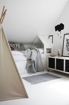 Kids room ideas – Home Decor Designs All White Bedroom, White Bedrooms, Deco Kids, House Beds, Kids Corner, Fashion Room, Kid Spaces, Kidsroom, My New Room