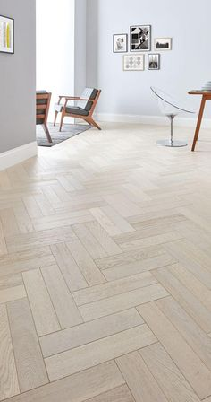 Interior-design trends for 2018 - Wood Parquet Wood Floor Design, Living Room Flooring, New Homes, Interior Design Trends, Luxury Vinyl Tile Flooring, Flooring, Interior Design, Wooden Floors Living Room, Herringbone Tile Floors