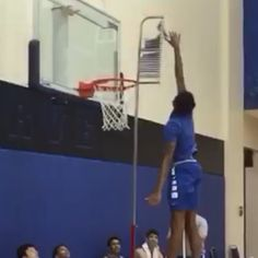 Duke basketball's Brandon Ingram can jump out of the gym, too