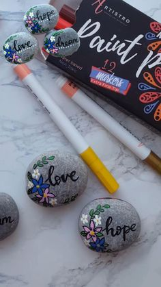 Rock Painting Ideas Easy, Love Painting, Paint Pens For Rocks, Acrylic Paint Pens, Kid Rock, Alcohol Ink Art, Beginner Painting, Fabric Ribbon, Paint Markers