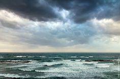 Photo Story: The Storming Sea of Tel Aviv