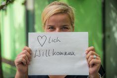Refugees are welcome in NRW! - Mona Neubaur Landesvorsitzende der Grünen NRW.