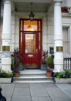 Hoteltravelexpress.com has a huge discounts selection on London hotels. Hurry up!!!