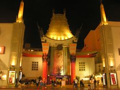 It's still a great place to catch a movie,but most people come to the Chinese Theatre for the hand and/or foot imprints of around 200 Hollywood stars. As legend...
