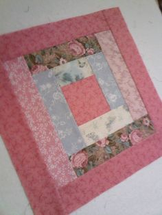 Learn how to build block foundations for log cabin quilts with this easy tutorial. The Log Cabin Quilt Block is one of the most basic quilt block patterns, and it can be used in many variations of log cabin quilts. Block Size: 12.5 inches wide x 12.5 inches long