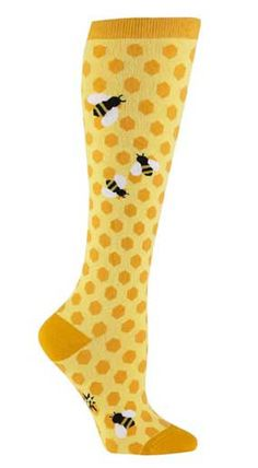 Well aren't these bee knee highs just the sweetest thing!  Yellow honeycombs with some cute little bumblebees flitting about.  Fits women's US shoe size 5-10.