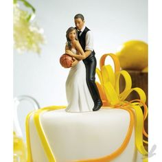 Love and Basketball wedding cake