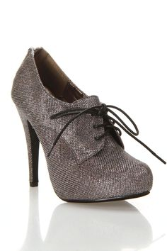 Chica Bootie- I've been looking for a pair of shoes like this <3
