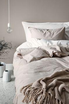 Cotton duvet cover set - Light beige - Home All Bedroom Inspo, Home Bedroom, Bedroom Decor, Bedrooms, Master Bedroom, Beige Duvet Covers, Duvet Cover Sets, Beige Bedding Sets, Pallet Furniture