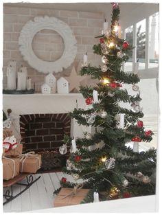 Christmas in lantern Mini Loft, Shabby, Miniature Christmas Trees, Dollhouse Accessories, Shades Of White, Christmas Decorations, Holiday Decor, Jingle Bells, Miniature Dolls