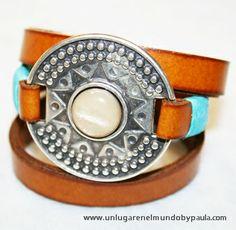 """Pulsera con conector """"Medalla Inca"""" de zamak bañada en plata con resina beige oscuro"""