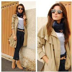 Street Style Spain Ray Ban Sunglasses, Fashops Trench, Sfera T-shirt and Zara Pants...