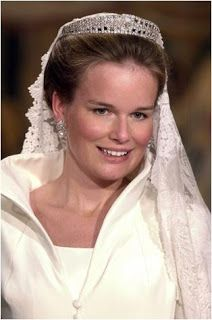 The Royal Order of Sartorial Splendor: Tiara Thursday