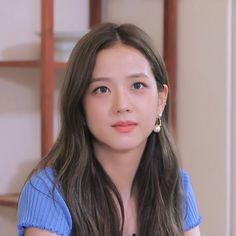Kpop Girl Groups, Korean Girl Groups, Kpop Girls, Forever Young, Black Pink ジス, Blackpink Members, Blackpink Photos, Blackpink Fashion, Jennie Blackpink