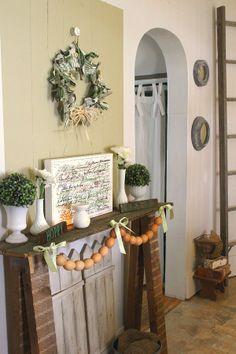 Fresh green Spring fantel (fake mantel) decor at The Creek Line House featuring art from Rubino Fine Art!