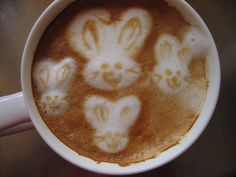 Easter coffee~Adorable and I am sure it is as good as it looks!