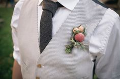 The theme for this month is farmer's market, and we'll be focusing on everything farm-to-table and organic and rustic and generally farm fabulous, alongside our … Farm Wedding, Wedding Bells, Wedding Table, Diy Wedding, Wedding Stuff, Wedding Flowers, Wedding Ideas, Sangria Blanca, Sustainable Wedding