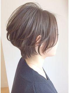 若く見えるボブヘア!40代からの前下がりショート【髪型/ヘアカタログ】 - NAVER まとめ