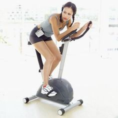 Stay Safe at the Gym: 5 Tips for Women Who Work Out Alone.