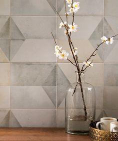 Geomento™ Tile