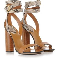 GUCCI Fashion Show Chunky Heel Sandals