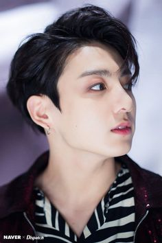 Find images and videos about kpop, bts and jungkook on We Heart It - the app to get lost in what you love. Foto Jungkook, Foto Bts, Kookie Bts, Bts Bangtan Boy, Jungkook 2018, Bts Boys, Jung Kook, Jung Hyun, Namjoon