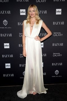 - Lily Donaldson at the Harper's Bazaar ICONS by Carine Roitfeld Celebration in NYC.love the dress Lily Donaldson, Stunning Dresses, Nice Dresses, Event Dresses, Formal Dresses, Hollywood Fashion, Red Carpet Dresses, Red Carpet Fashion, Couture Fashion