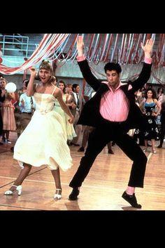 Grease with Olivia Newton John as Sandy Olsson & John Travolta as Danny Zuko Olivia Newton John, John Travolta, Grease 1978, Grease Movie, Grease Dance, Grease The Musical, Grease Theme, Grease Party, Flamingo