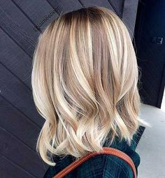 Blonde bayalage hair color trends for short hairstyles 2016 - 2017 Balayage , Blonde Bayalage Hair, Cool Blonde Hair, Hair Color Balayage, Balayage Hairstyle, Short Balayage, Blonde Balayage Mid Length, Blonde Straight Hair, Medium Length Hair Blonde, Blonde Fall Hair Color