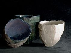 Ceramic vases by Daniela Vacca (http://www.manoitaliana.com/daniela-vacca-ceramista)