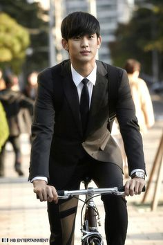 "Kim Soo Hyun while filming ""Love from another star"". Some of the best two eps I've seen. Loving this drama and he is looking mighty hot in it."