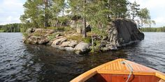 Rautalammin Varpusenlinna – idyllinen pikkusaari geokätköllä  #retkipaikka #summer #rautalampi #finlandnaturally #etelakonnevesi Garden Bridge, Outdoor Gear, Outdoor Structures, Finland